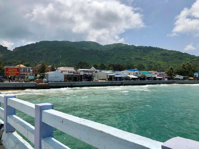 Tận hưởng sự bình yên ở hòn đảo ít người biết gần Phú Quốc 11:47   01/07/2019